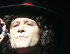 Enrique Bunbury en España 2012: conciertos en Alicante, Cádiz y La Coruña.