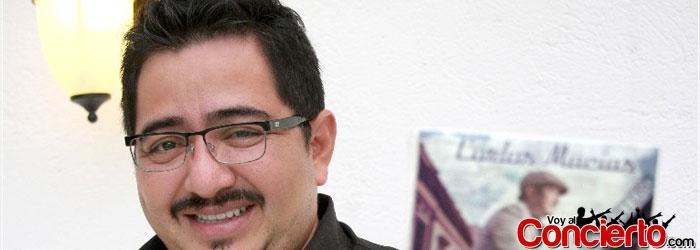 Carlos-Macías-en-Mexico-DF-2013
