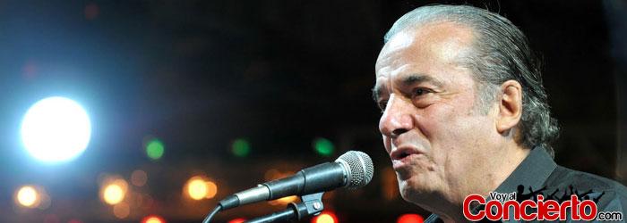 Óscar-Chávez-en-Mexico-DF-2013