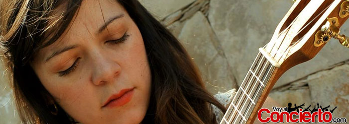 Natalia-Lafourcade-en-Guadalajara-2014