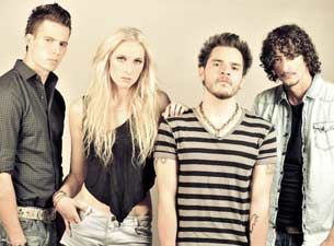 Jenny and the Mexicats en Mexico DF 2014