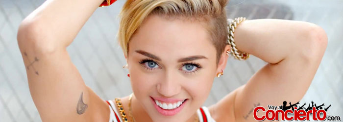 Miley-Cyrus-en-Guadalajara-2014
